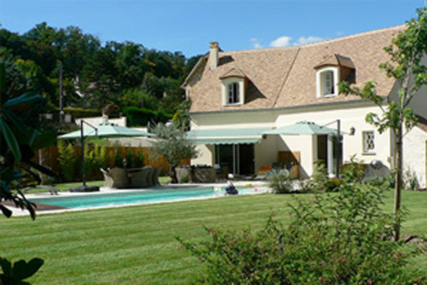 Castelord constructeurs de france for Adresse piscine saint germain en laye